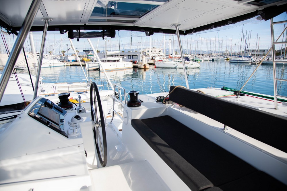 Boat rental Lagoon Lagoon 450 F (2019) ANJA equipped with generator, A/C (saloon+cabins), water maker, washer/dryer, dishwasher, microwave oven in Slano on Samboat