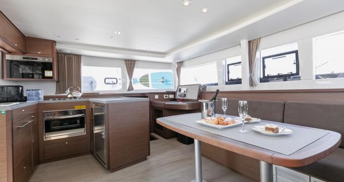 Rental yacht Split - Lagoon Lagoon 450 F on SamBoat