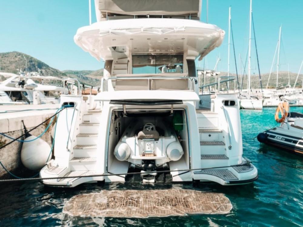 Rental Yacht in Marina Baotić -  Elegance 60 Fly