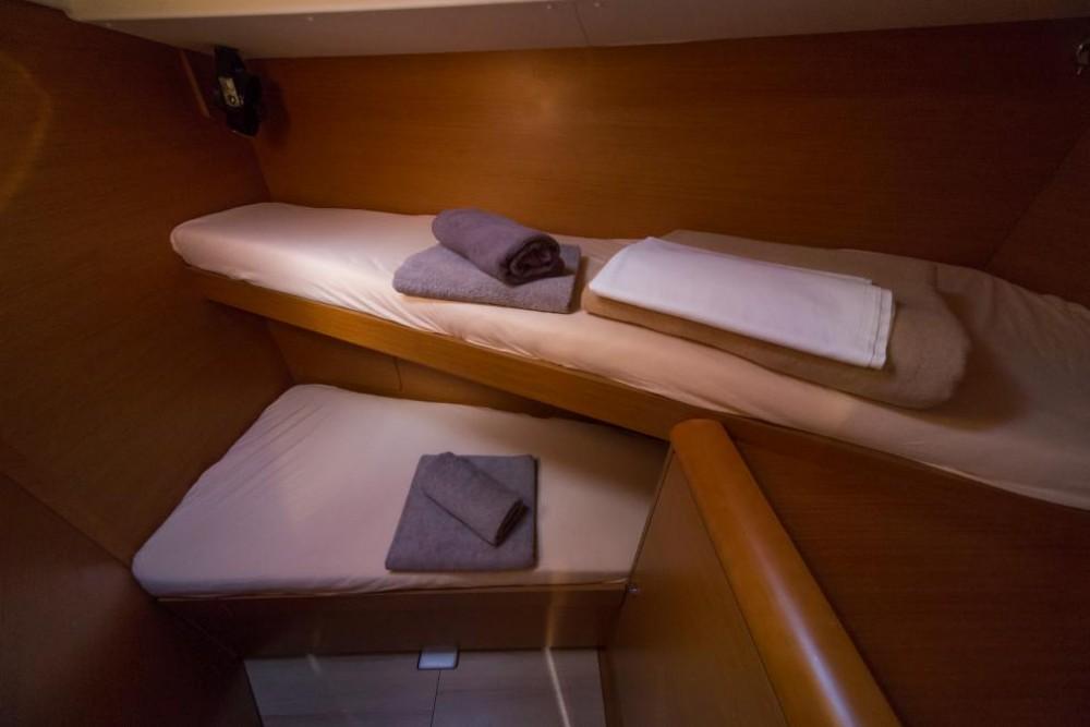 Rental yacht Traù - Jeanneau Sun Odyssey 449 on SamBoat