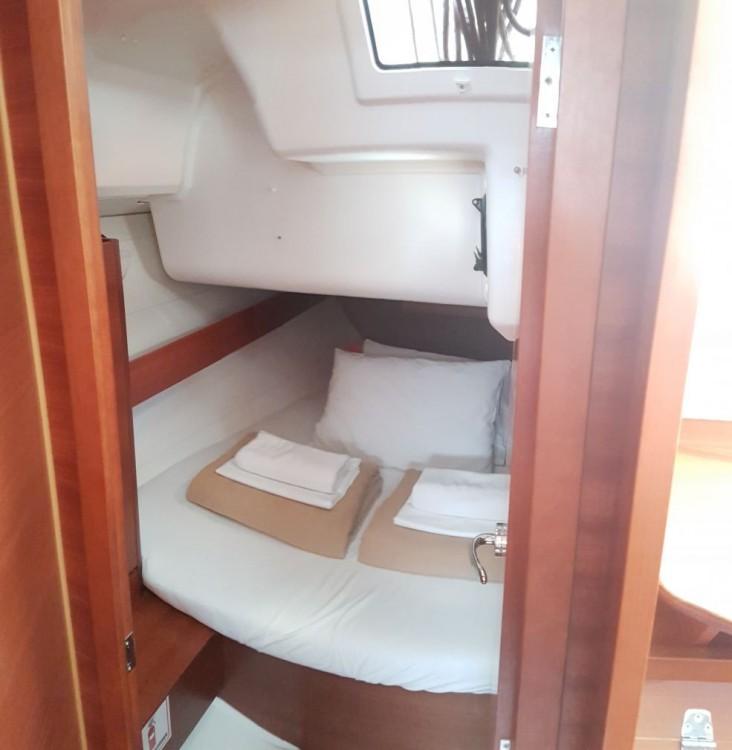 Rental yacht Dubrovnik - Dufour Dufour 382 Grand Large on SamBoat