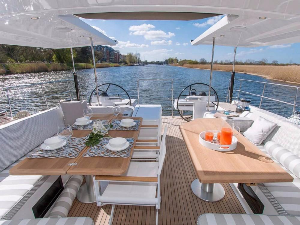 Rental yacht Athens - Hanse Hanse 675 on SamBoat