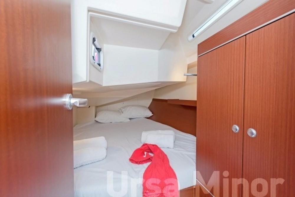 Boat rental Athens cheap Hanse 345