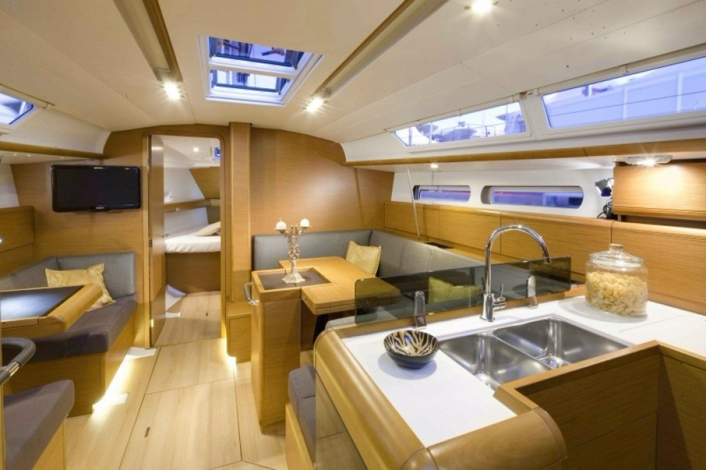 Rental yacht Aegean - Jeanneau Sun Odyssey 409 on SamBoat