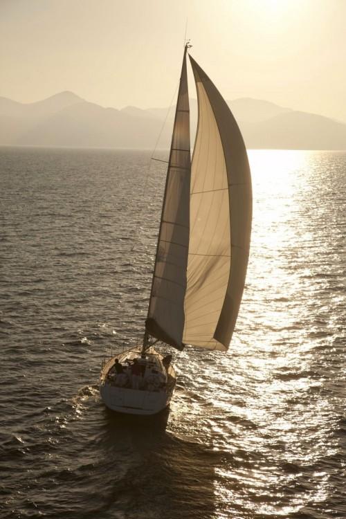 Rental Sailboat in Aegean - Jeanneau Sun Odyssey 409