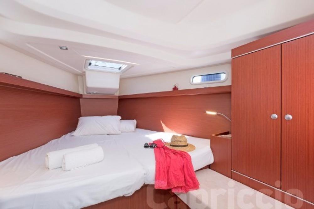 Boat rental  Hanse 385 in Athens on Samboat