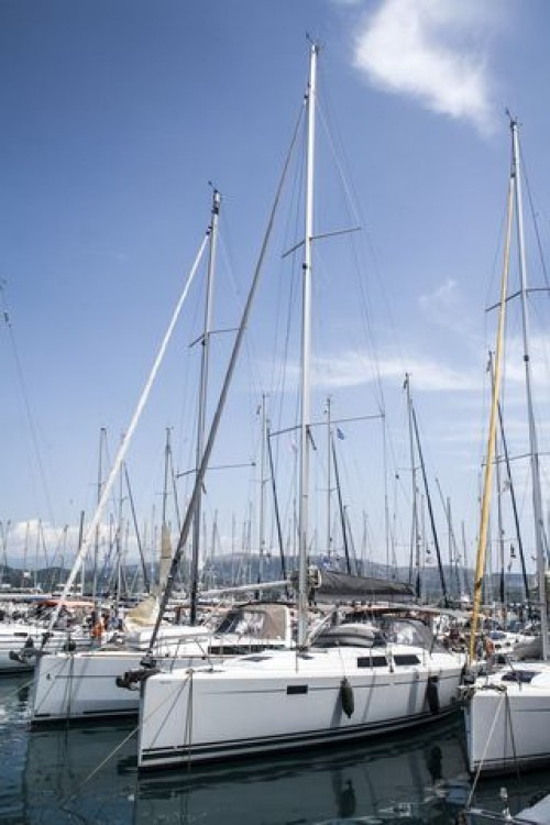 Hire Sailboat with or without skipper VIRTUAL Athens