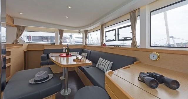 Hire Catamaran with or without skipper Lagoon Catamaran Λαύριο