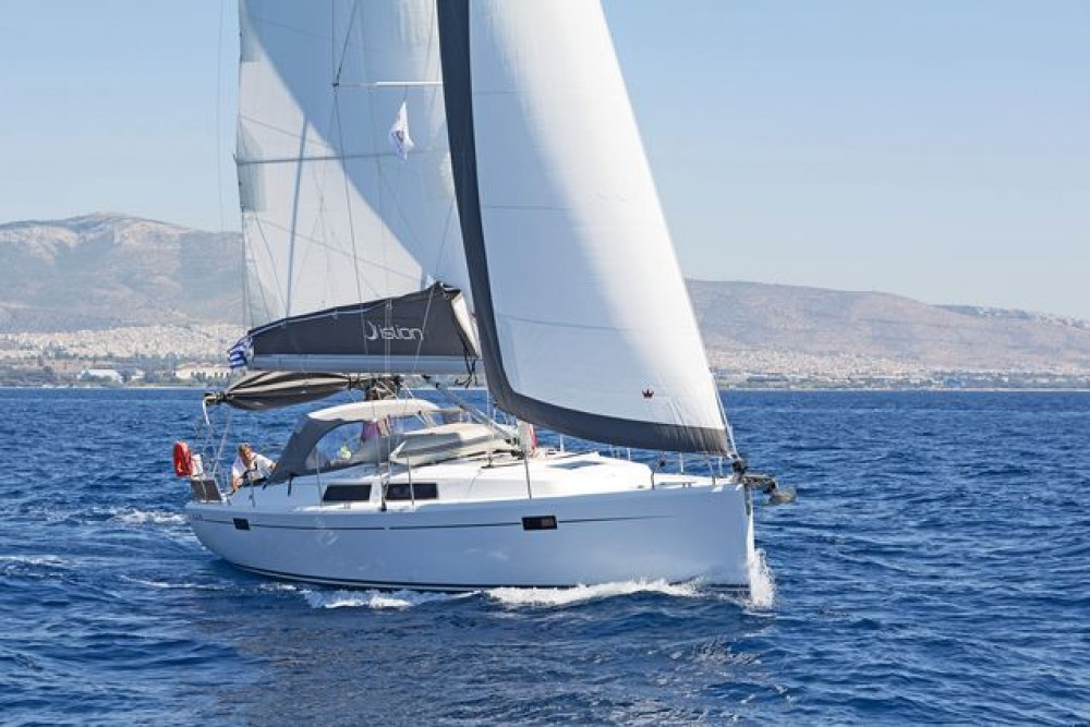 Rental yacht Athens -  Hanse 385 on SamBoat
