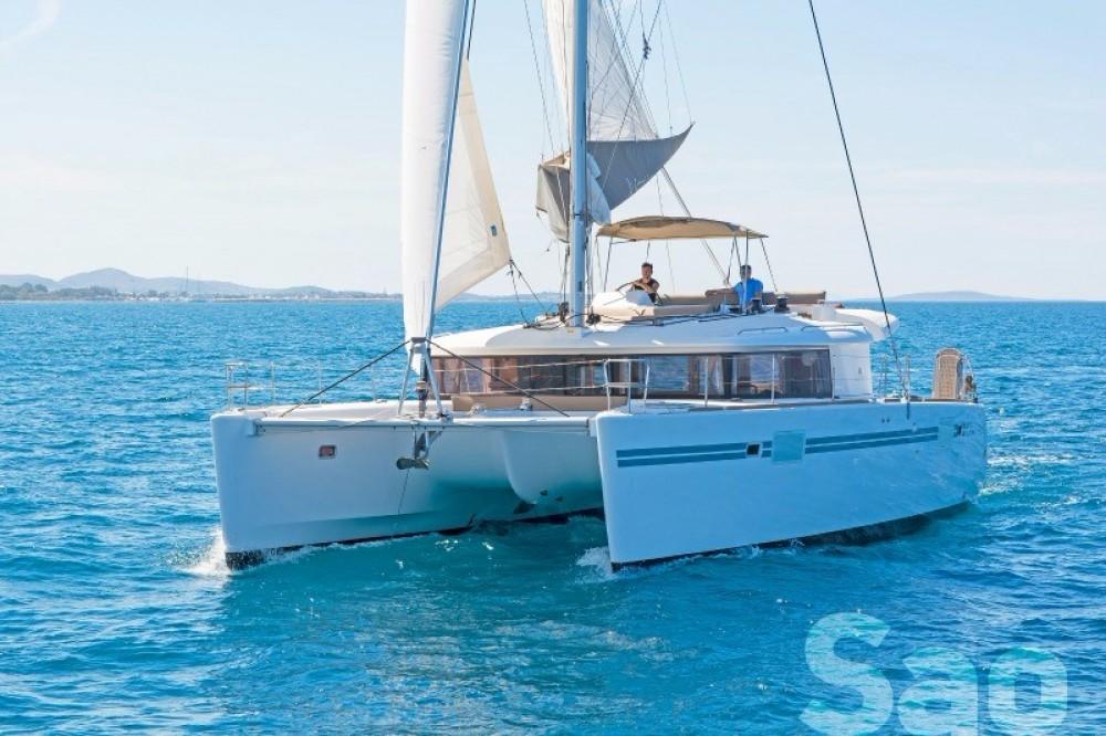 Boat rental  Lagoon 450 in Athens on Samboat