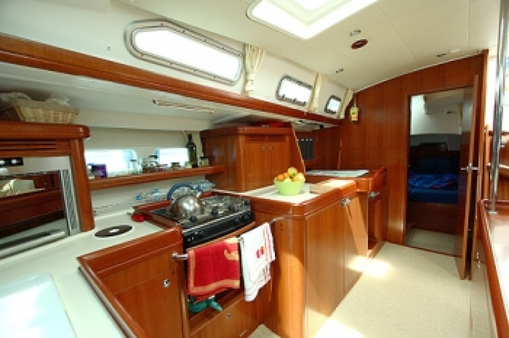 Boat rental  Oceanis 523 in Peloponnese, West Greece and Ionian Sea on Samboat