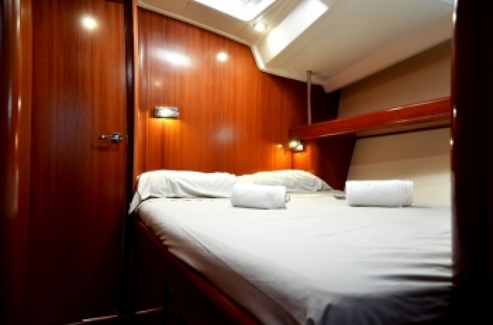 Boat rental Peloponnese, West Greece and Ionian Sea cheap Oceanis 523