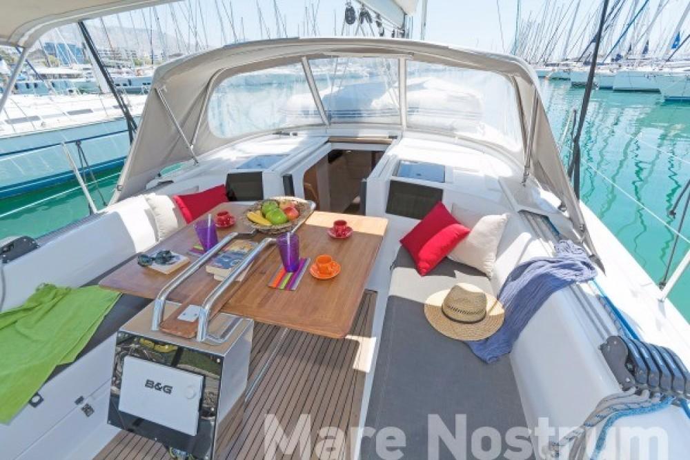 Rental yacht Βόλος -  Hanse 385 on SamBoat
