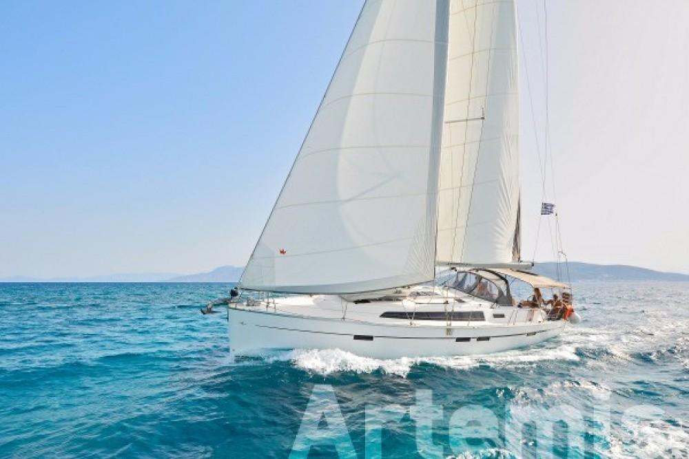 Boat rental Bavaria Bavaria 46 Cruiser in Nafplio on Samboat