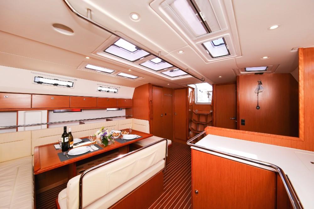 Rent a Bavaria Cruiser 50 Trogir