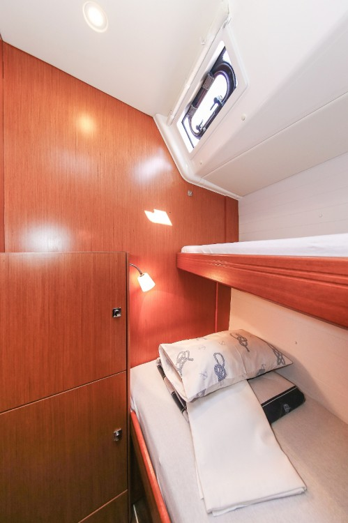 Rental Sailboat in Grad Pula - Bavaria Cruiser 51