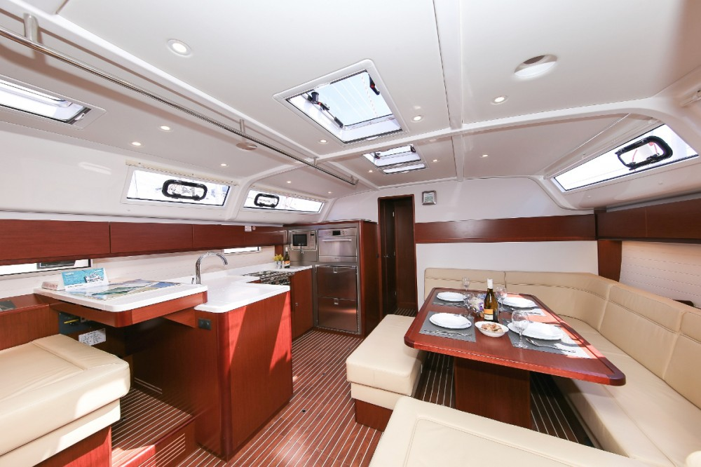 Rental yacht  - Bavaria Cruiser 51 on SamBoat