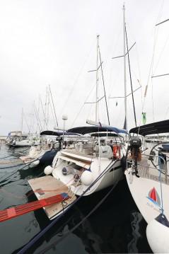 Rent a Bavaria Cruiser 55 Biograd na Moru