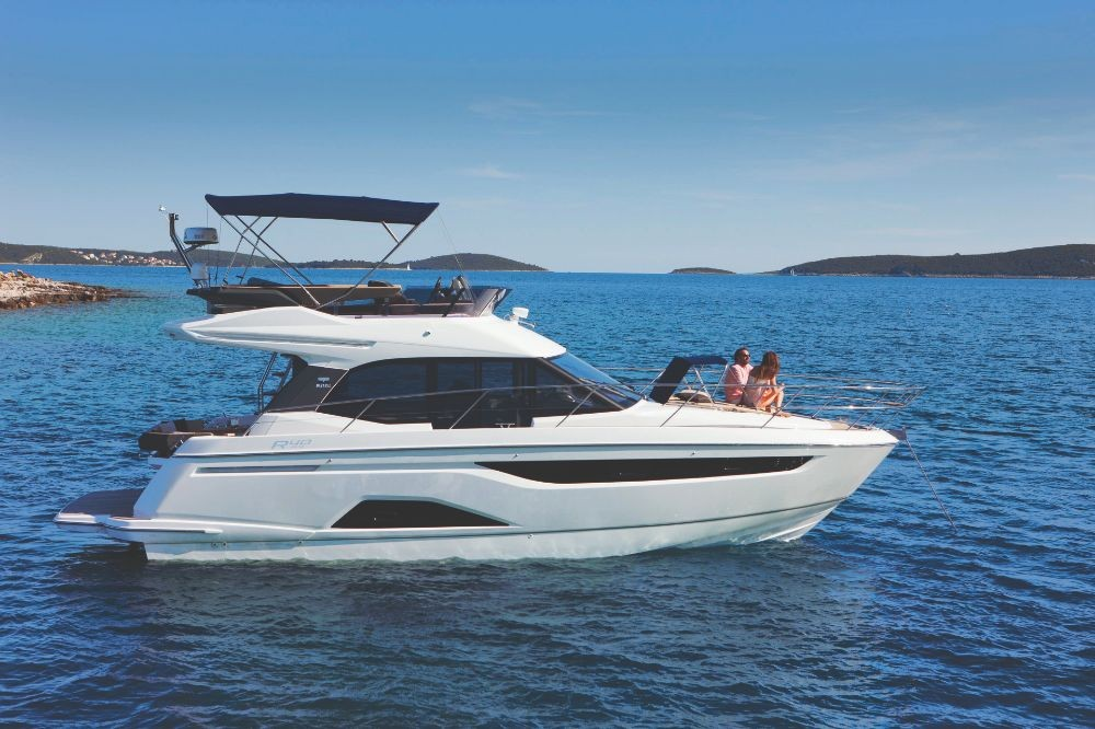 Boat rental Pula cheap R40 Fly