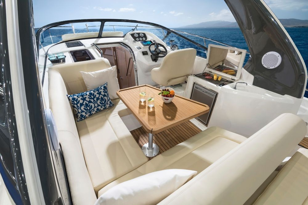 Hire Motor boat with or without skipper Bavaria
