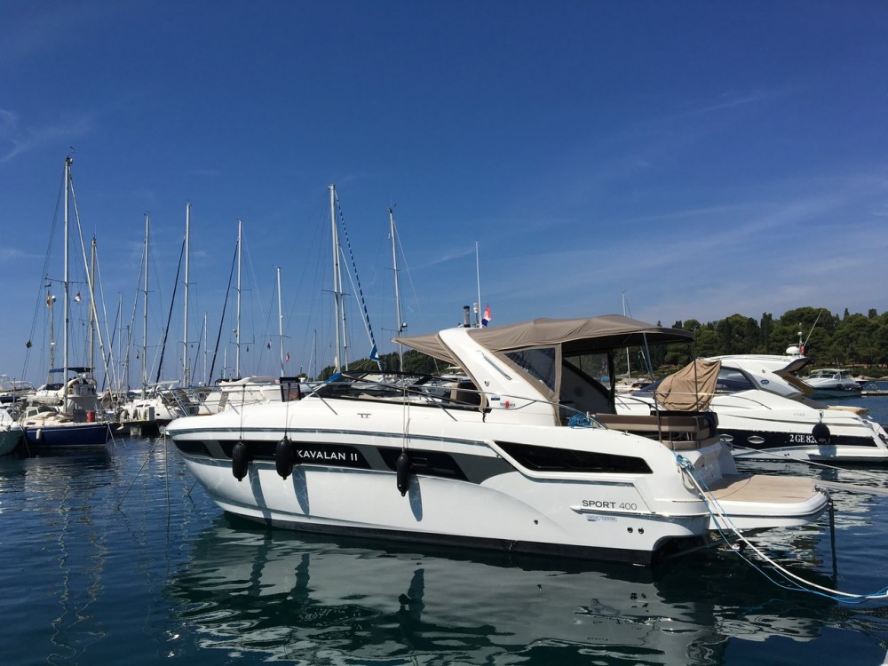 Rental yacht Grad Pula - Bavaria S 40 Open on SamBoat