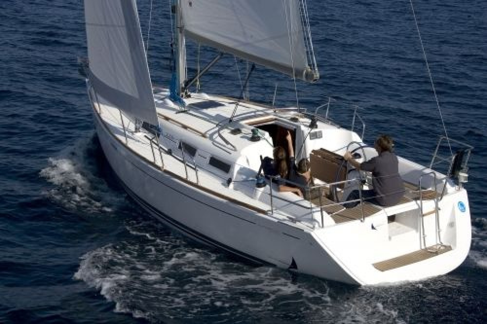 Rental yacht Slovenia - Dufour Dufour 325 GL on SamBoat