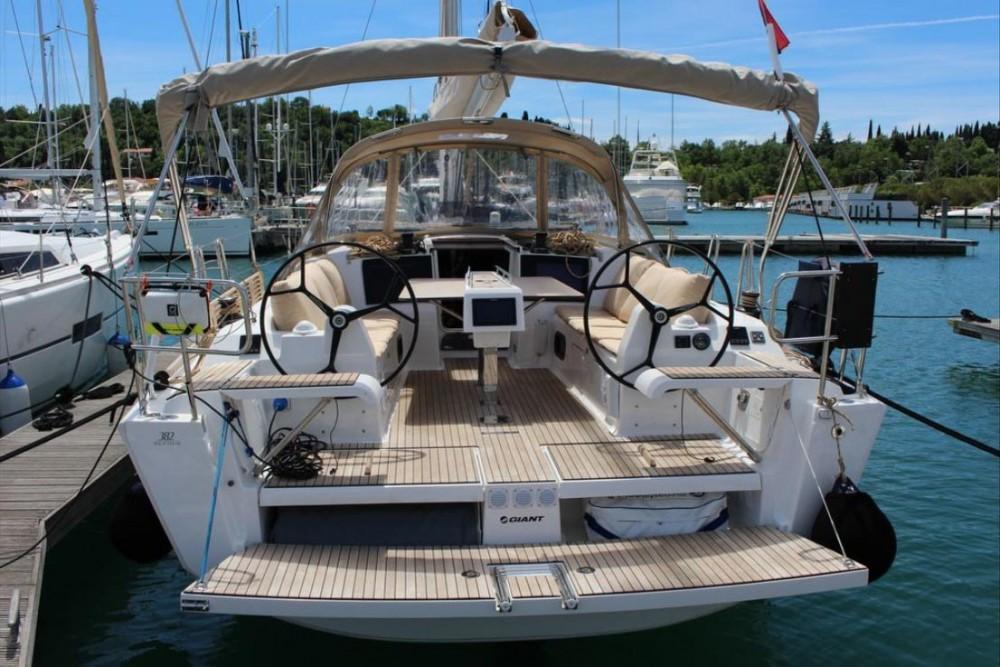 Rental yacht Slovenia - Dufour Dufour 382 GL - 3 cab. on SamBoat