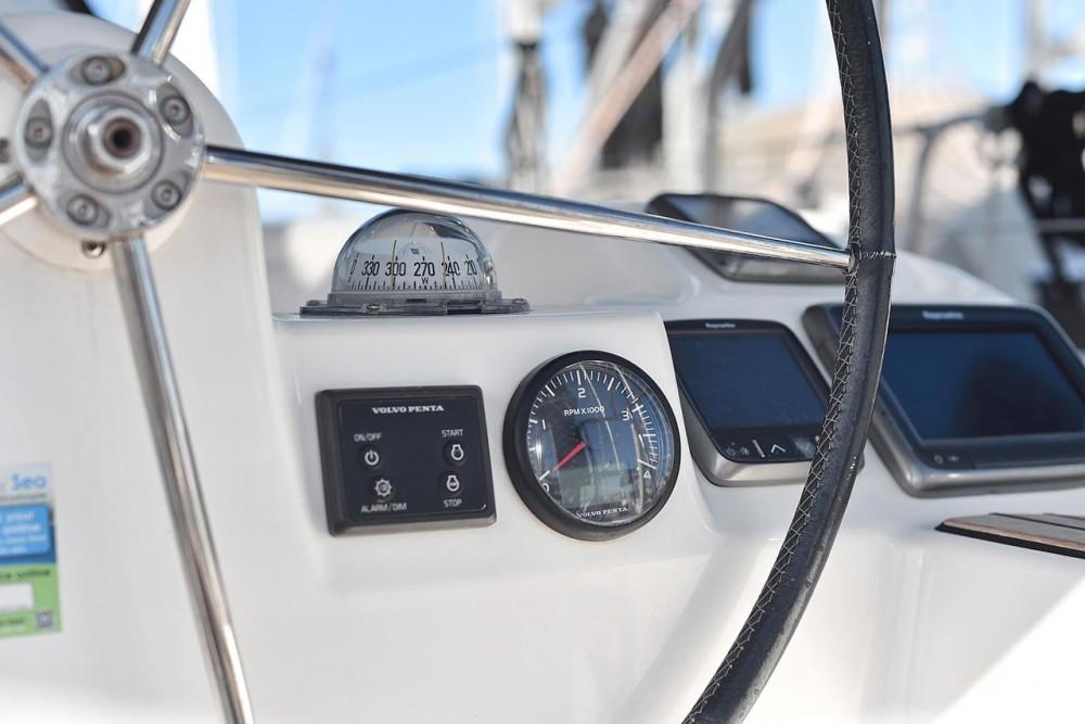 Rental Sailboat in  - Dufour Dufour 382 GL