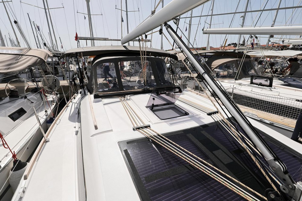 Rental yacht Croatia - Dufour Dufour 382 GL on SamBoat