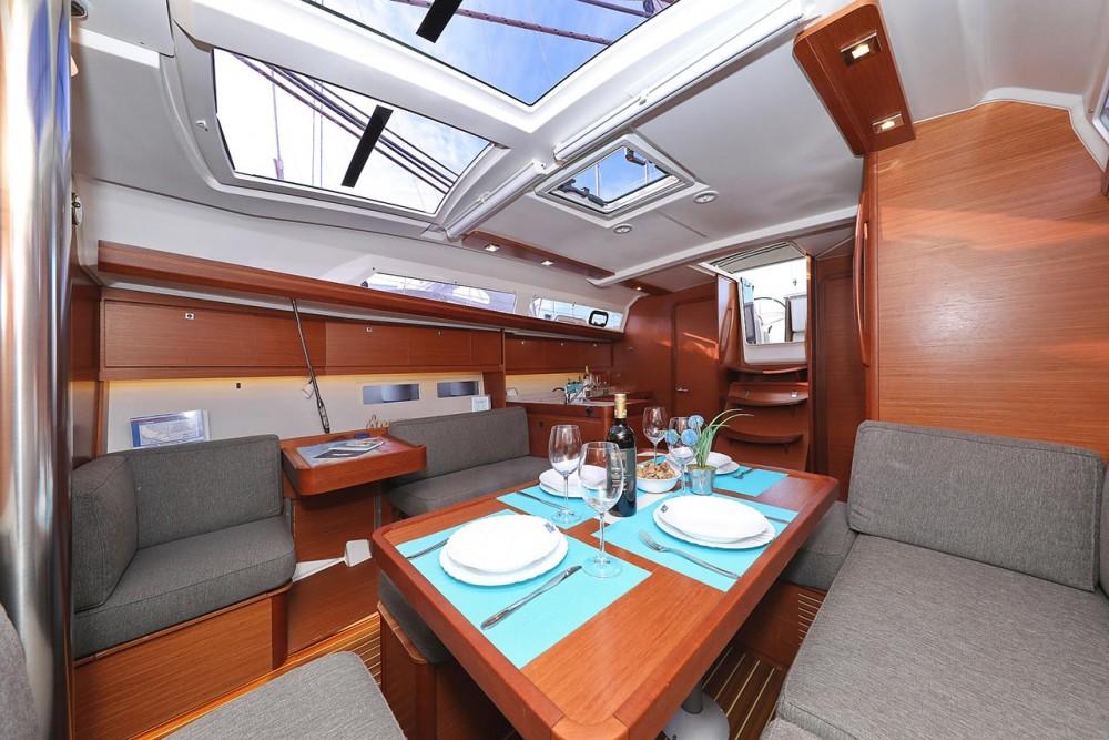 Rental yacht  - Dufour Dufour 412 GL on SamBoat