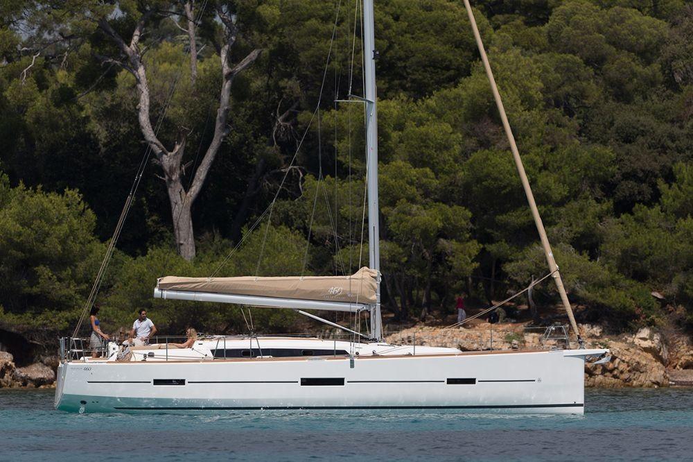 Boat rental Dufour Dufour 460 GL in  on Samboat