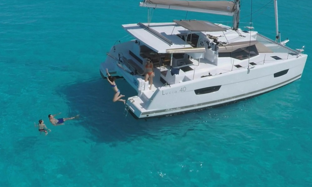 Boat rental Croazia cheap Lucia 40