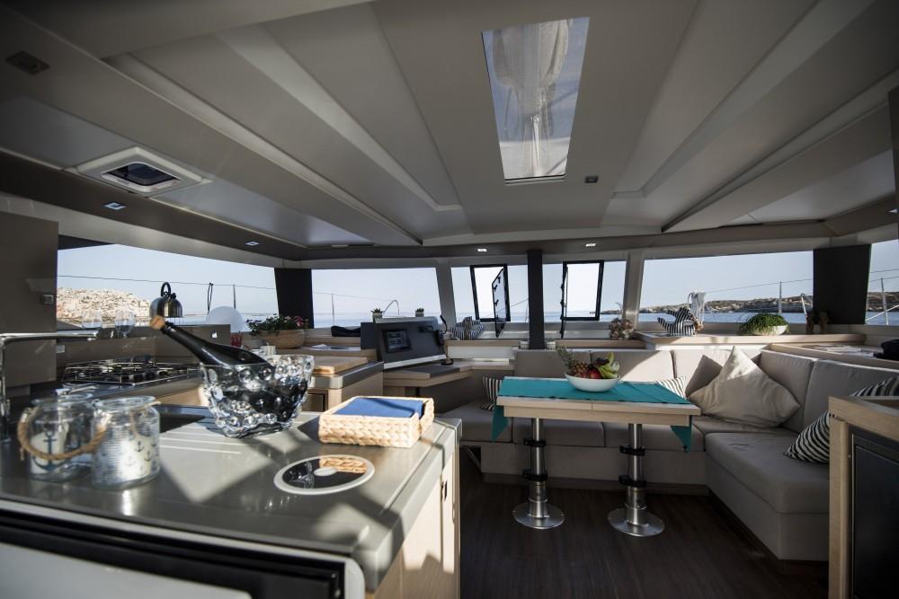 Rental yacht Marsala - Fountaine Pajot Fountaine Pajot Saona 47 on SamBoat