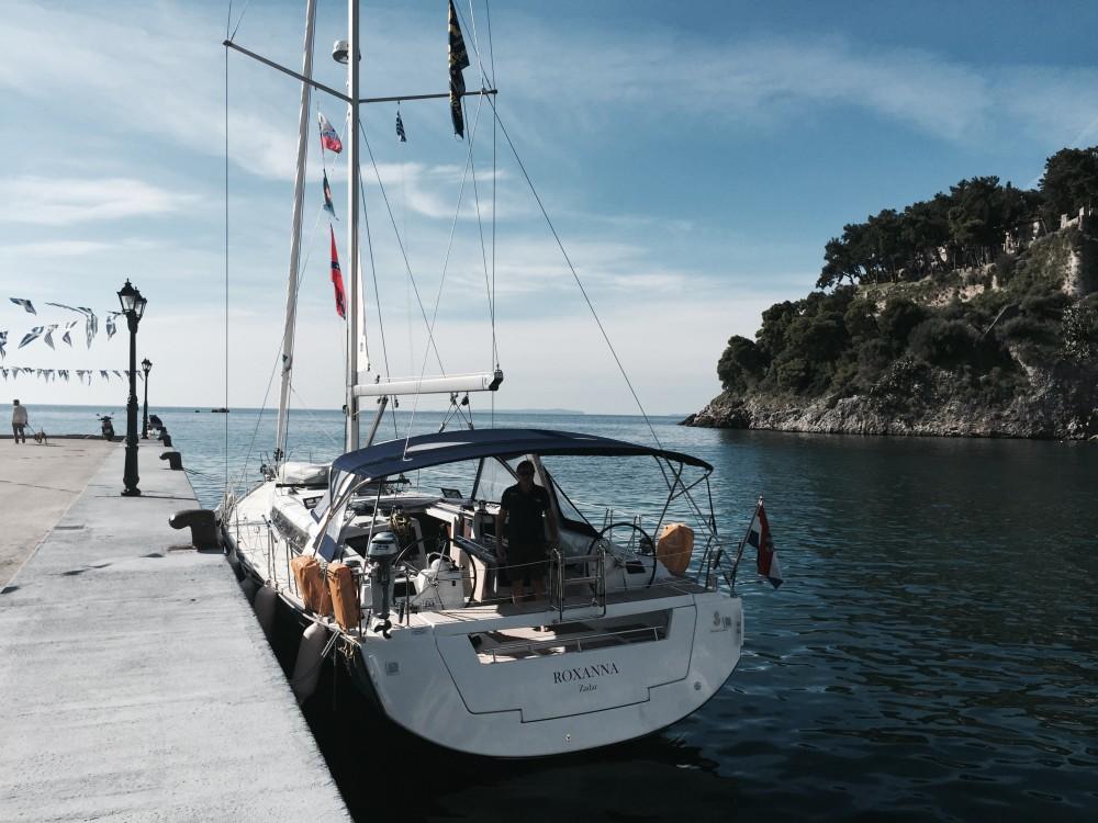 Boat rental Bénéteau Oceanis 48 in Palma on Samboat