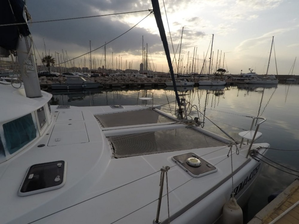 Rental Catamaran in Ibiza - Lagoon Lagoon 380 S2