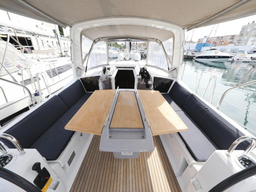 Rental Sailboat in Marina Zadar - Bénéteau Oceanis 41.1