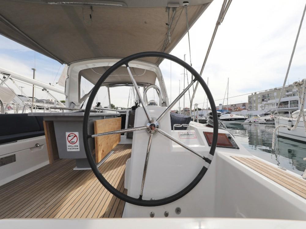 Bénéteau Oceanis 41.1 between personal and professional Marina Zadar