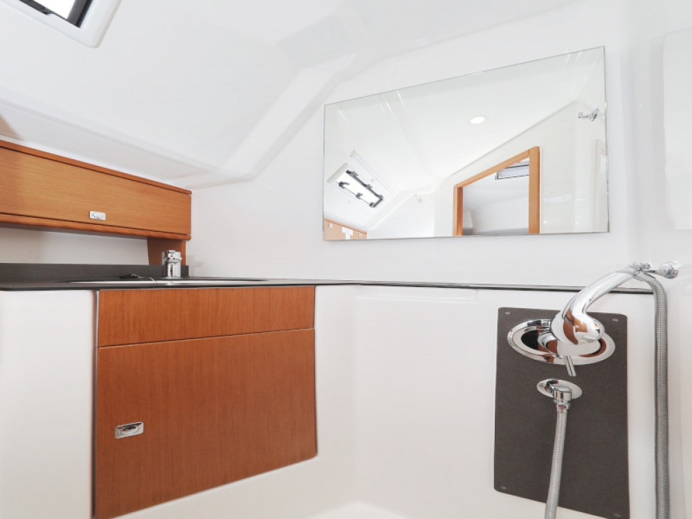 Boat rental Zadar cheap Bavaria Cruiser 46