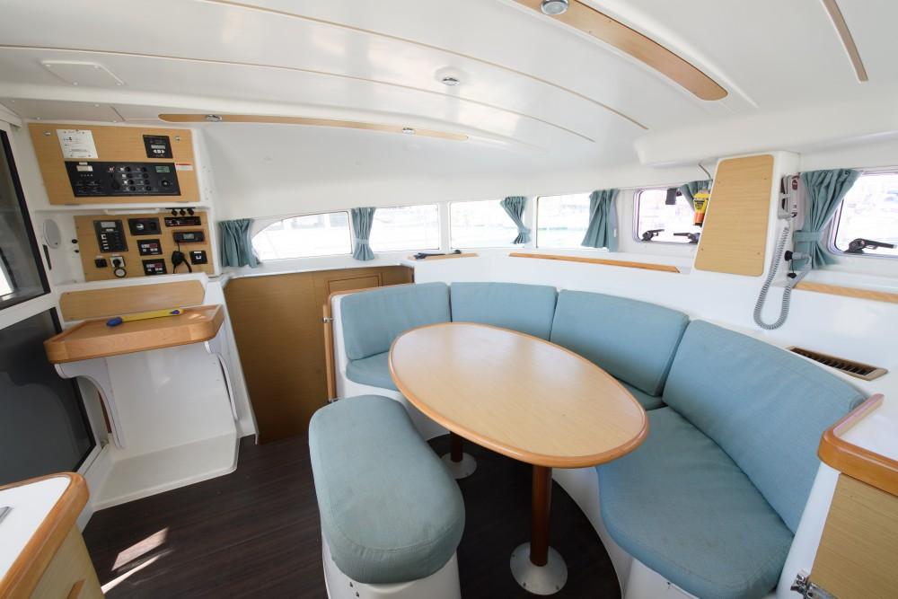 Rental yacht Lefkada - Lagoon Lagoon 380 S2 on SamBoat