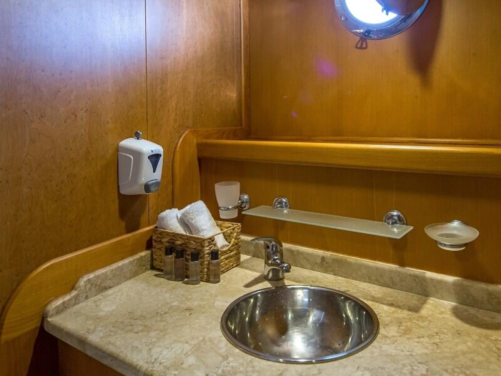 Boat rental  Gulet 14-6 in Spalato on Samboat