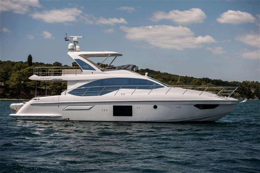 Rental Motor boat Azimut with a permit