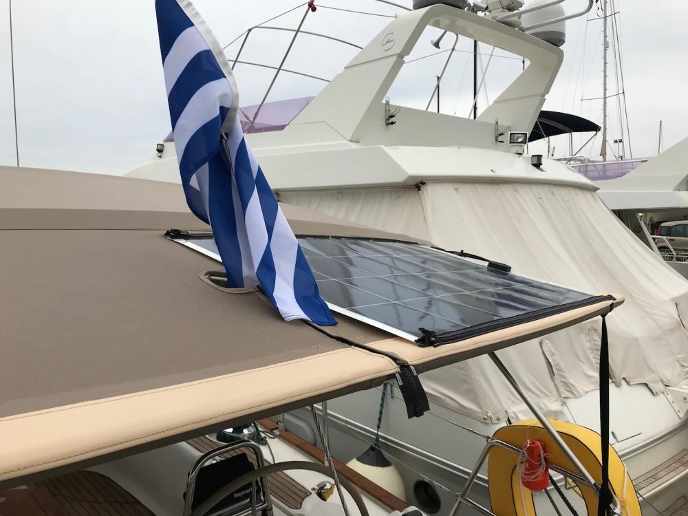 Boat rental Bavaria Bavaria 46 Cruiser in Laurium on Samboat