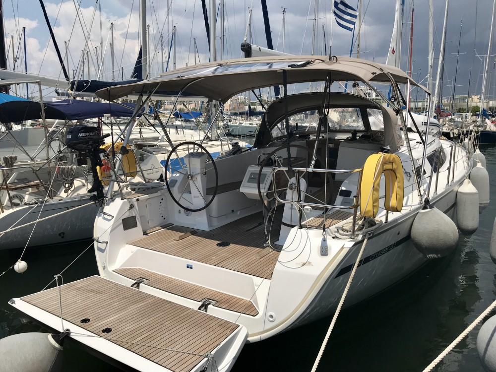 Rental Sailboat in Laurium - Bavaria Bavaria Cruiser 41