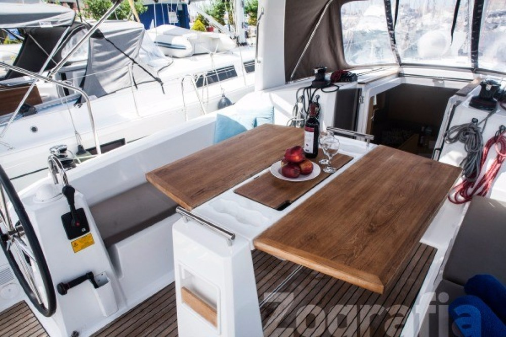 Rent a  Oceanis 38 Peloponnese, Western Greece and the Ionian