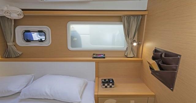 Rental Catamaran in Athens -  Lagoon 39
