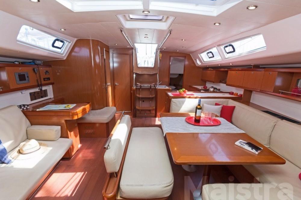 Rental yacht  - Bénéteau Oceanis 54 on SamBoat