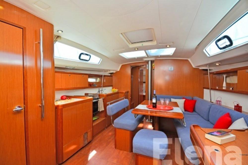 Rental yacht Athens - Bénéteau Oceanis 43 on SamBoat