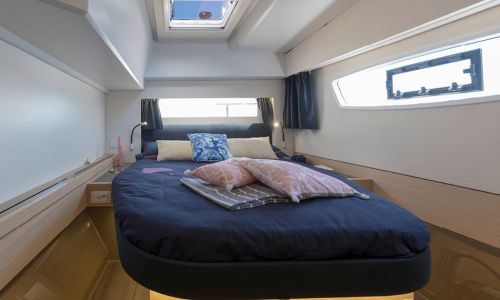 Boat rental Fountaine Pajot Fountaine Pajot Astrea 42 - 3 + 1 cab. in  on Samboat