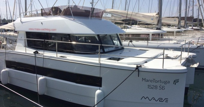 Hire Catamaran with or without skipper Fountaine Pajot Croatia