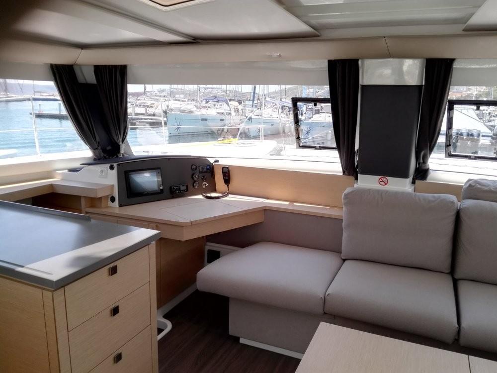 Boat rental Peloponnese cheap Helia 44